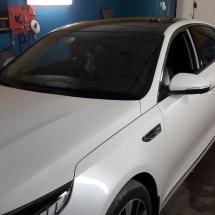 Automobilių stiklų tamsinimas